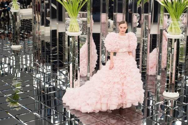 30 Весільних суконь haute cuture настільки гарні, що позбавляють дару мови