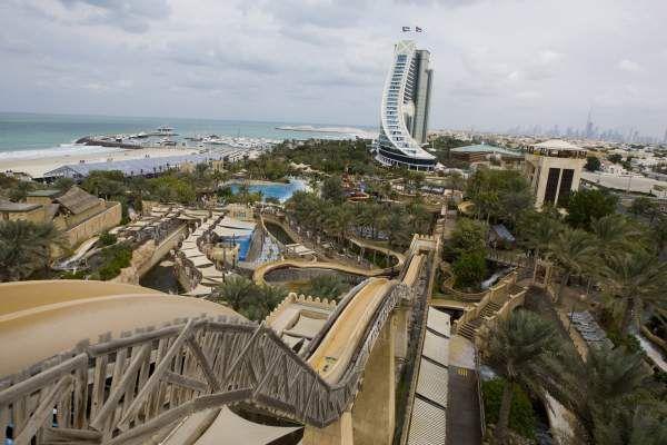 7 найкращих парків атракціонів в світі