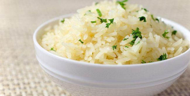 Білий рис: користь і шкода