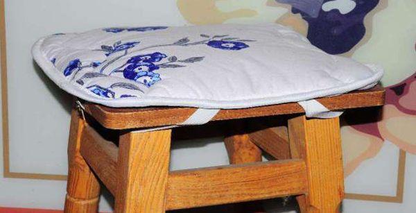 чохли на стільці на кухню фото