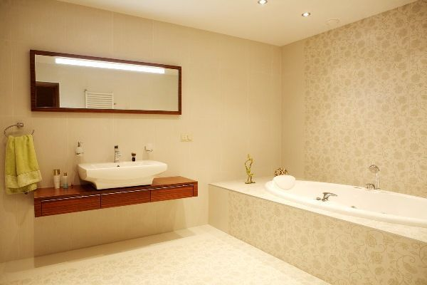 ванна кімната в бежевих тонах фото