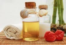 Як використовувати ароматичні масла для тіла в домашніх умовах? Ароматичні ванни, застосування масла для схуднення