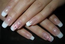 Як правильно доглядати за гелевими нігтями? Як не допустити помилок