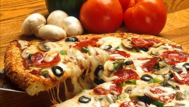 Як приготувати піцу в духовці