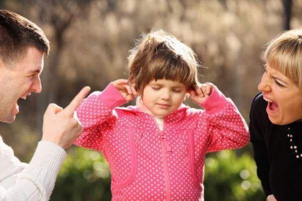 Як привчити дитину чути і слухатися (практичні поради)