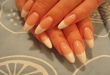 Як доглядати за акриловими нігтями і скільки можна з ними ходити