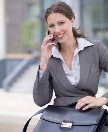 Як вибрати жінці ювелірні прикраси для офісу?