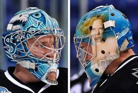 Незвичайні шоломи-маски хокейних воротарів!