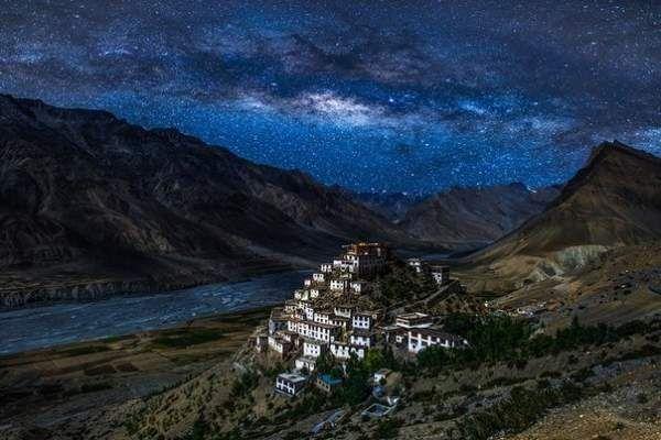 Ніч над монастирем ки гомпа, тибет