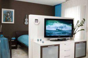 Поєднання функцій в кімнаті 18 кв. М: зонування на спальню і вітальню за порадами фахівців
