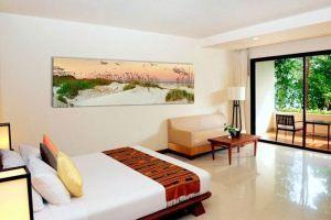 Вибираємо картини для спальні: кращі ідеї для декорування стін