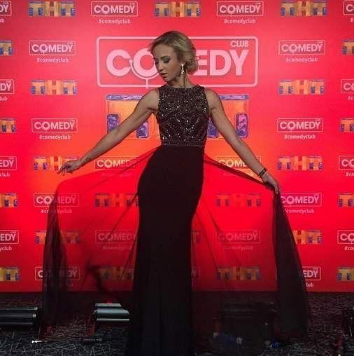 Ольга бузова на зйомках новорічного випуску comedy