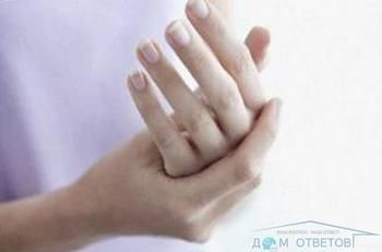 Оніміння правої руки під час нічного сну