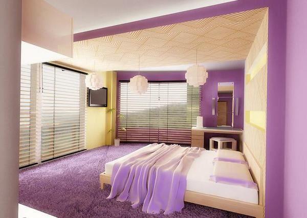 як красиво наклеїти шпалери в спальні двох кольорів фото 4