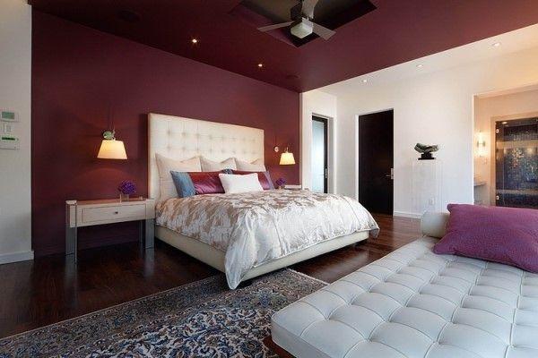 як красиво наклеїти шпалери в спальні двох кольорів фото 7