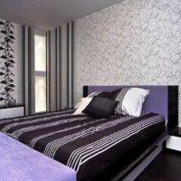 дизайн спальні з шпалерами двох кольорів фото 19