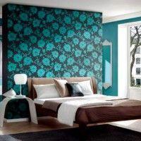 дизайн спальні з шпалерами двох кольорів фото 37