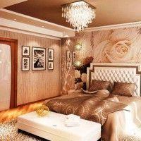 дизайн спальні з шпалерами двох кольорів фото 24