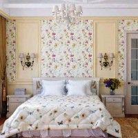 дизайн спальні з шпалерами двох кольорів фото 32