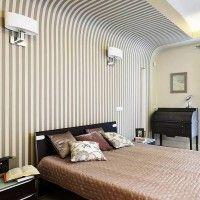 дизайн спальні з шпалерами двох кольорів фото 14