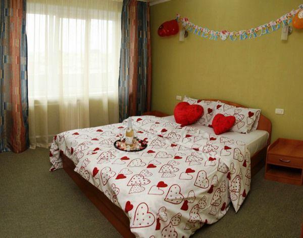 спальня для подружжя дизайн фото 9