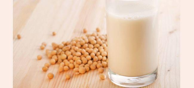 Соєве молоко: користь і шкода