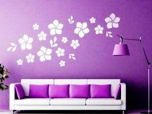 Трафарети квітів і метеликів на стіну: 34 фото оригінального декору