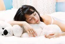 У чому краще спати? Як вибрати жіночий одяг для сну