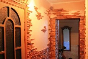 Варіанти оздоблення стін у передпокої штучним каменем (+26 фото)