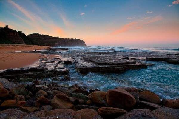 Чудовий пляж туріметта, австралія