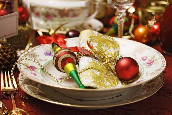 прикраса новорічного столу фото 10