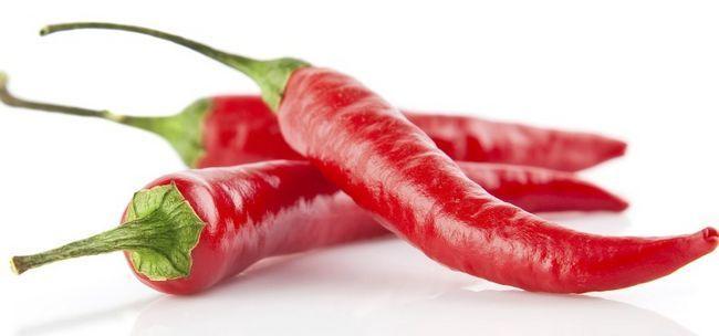 Пекучий перець: користь і шкода