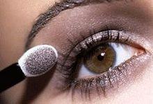 Зорове збільшення очей за допомогою макіяжу. Секрети візуального ефекту